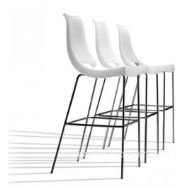 tabouret de bar 4 pieds chiacchiera par parri. Black Bedroom Furniture Sets. Home Design Ideas